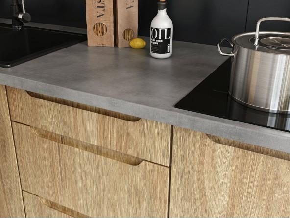 Küche Zoya Fronten mit Griffmulde